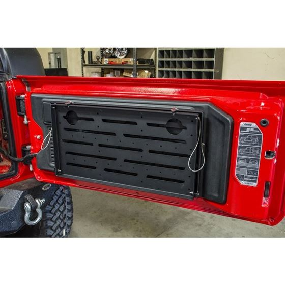 Jeep JL Tailgate Mounted Trail Table8 Pres Wrangler JL 4